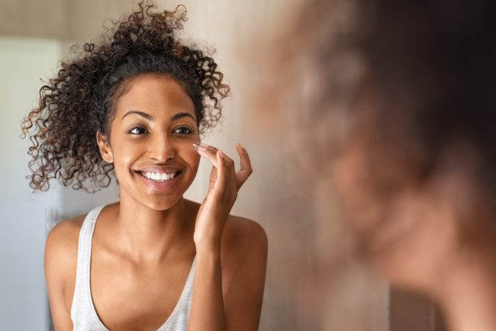 Get several skincare advantages with natural products