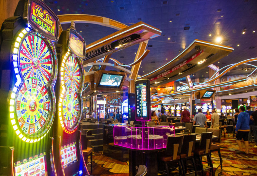 How To Come To Be Better With Casino In 15 Minutes