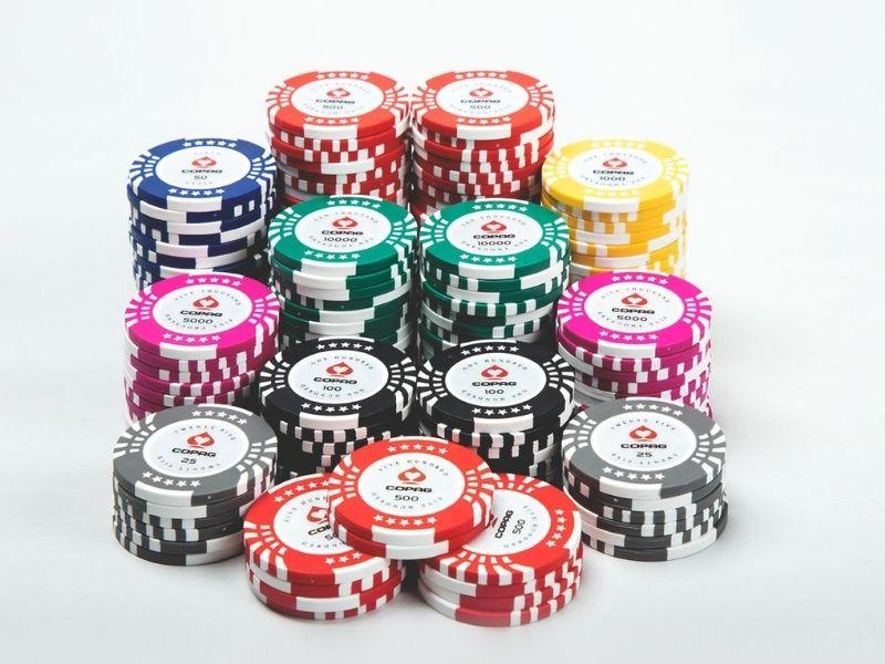 Ten Details Everybody Should Learn About Online Casino